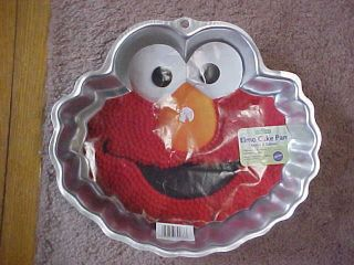 elmo cake pan in Home & Garden