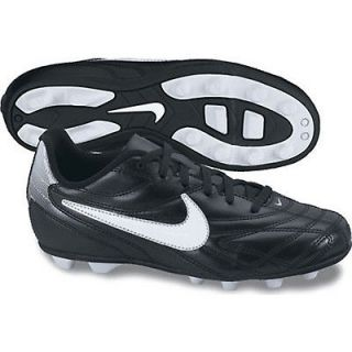 kids soccer cleats, Clothing,
