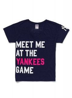 VICTORIAS SECRET NEW YORK YANKEES TEE SHIRT BRAND NEW SUPER CUTE