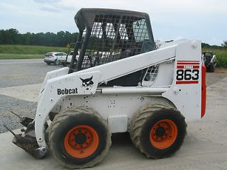 BOBCAT Skid Steer Loader 863 Used 1900 LBS LIFT CAPACITY COMES WITH