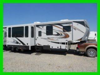 2013 Cylone 3800CY HD Luxury Toy Hauler Far better than Raptor, Fuzion