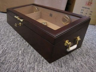 Modena humidor glass top counter top cigar display case