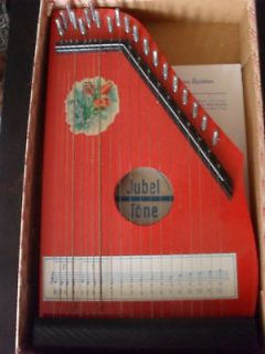 Newly listed Lovely Vintage Jubel Töne Childrens Zither