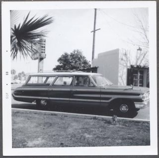 Car Photo 1964 Ford Country Squire Station Wagon Automobile 788597