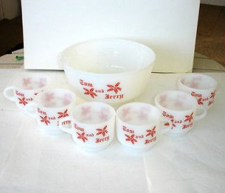 FIRE KING TOM AND JERRY PUNCH BOWL  6 CUPS/GLASSES  WHITE  RED EGG NOG