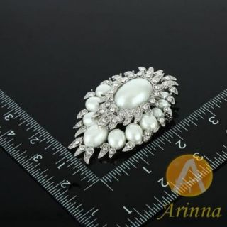 ARINNA Clear Oval Pearl Rhinestone Fashion Brooch Pin 18K WGP