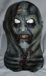 Freaky Scary Demon Man Halloween Rubber Head Face Mask Green Adult