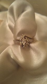 14k Diamond solid white gold wedding ring set excellent condition