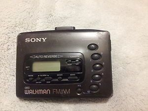 Sony Walkman FM Am Radio Cassette Player Wm FX41