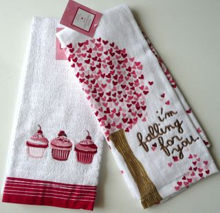 of 2 PC Valentines Day LOVE CupCakes cup cake Kitchen bath Hand Towel
