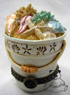 Bethanys Beach Pail Treasure Box Resin Figurine Boyds Bear Sand Bucket