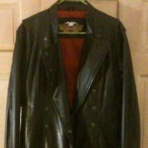 BEAUTIFUL WOMENS LEATHER HARLEY DAVIDSON JACKET WORN ONCE SIZE L