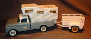 NYLINT TOYS FORD 250 PICKUP CAMPER & TRAILER PHILCO RADIO WORKS SUPER