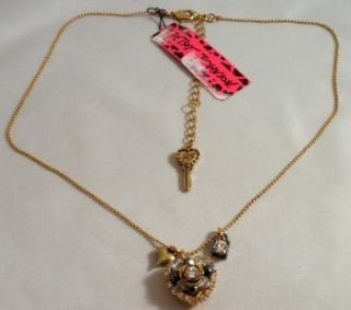 betsey johnson jewelry small heart charm necklace nwt