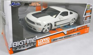 Jada 1 16 Radio Control LoPro 2012 Ford Mustang Boss 302 RC Car