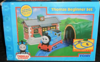 THOMAS AND FRIENDS THOMAS BEGINNER SET BY TOMY COMPLETE SET GREAT