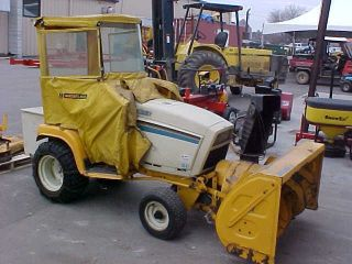 USED CUB CADET 1641 TRACTOR MOWER WITH 2 STAGE SNOWBLOWER AND 46 DECK