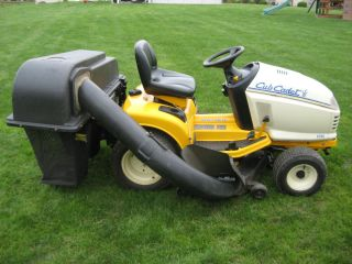 Cub Cadet 2186 Garden Tractor with Bagger