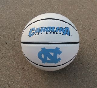 North Carolina Tar Heels Dean Smith Signed Autographed Basketball COA
