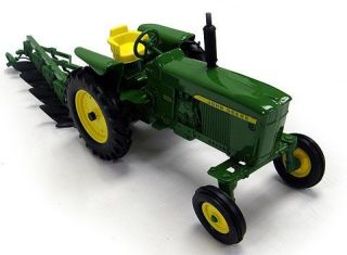 ERTL 116 JOHN DEERE 3020 tractor w/ plows ON SALE LOW PRICE