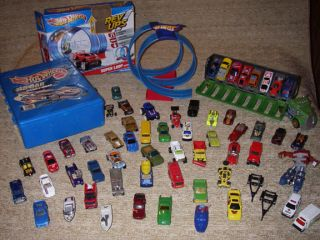 Lot Matchbox Hot Wheels Carry Case Boats Cars Trucks Rev Ups