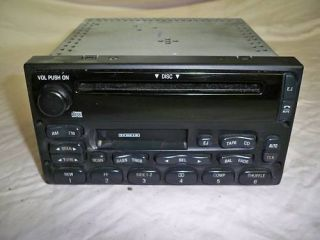 Ford Escape Excursion Factory Radio CD Player
