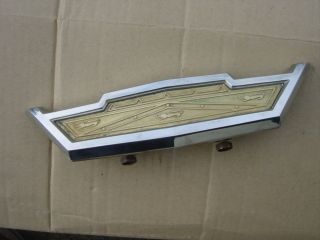 1963 Ford Galaxie 500 Galaxy Hood Pull Center Grill Emblem Logo Part