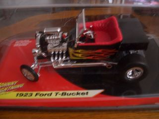 1923 Ford T Bucket by Johnny Lightning 1 18