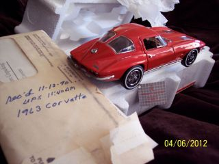 Corvette Precision Model FRANKLIN MINT w Original Paper Work RED