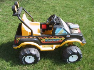 POWER WHEELS BIGFOOT MONSTER TRUCK RIDE ON RARE COLLECTORS OUTDOOR