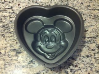 Wilton Mickey Mouse Disney Cake Pan