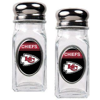 Kansas City Chiefs NFL Salt and Pepper Shaker Set with