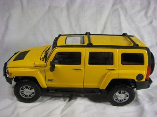 Hummer H3 Yellow Cararama Diecast Car Model 1 24 1 24