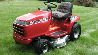 Riding Tractor lawn mower H4514 hydrostatic with 38 deck 14 hp 4518