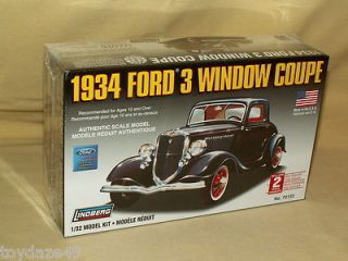 LINDBERG CAR MODEL KIT 1934 FORD 3 WINDOW COUPE NO 72133 NEW 2006 1 32