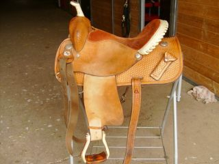 15 Circle Y Connie Combs Barrel Racing Saddle