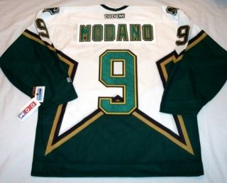 Mike Modano Size XL Dallas Stars CCM 550 Hockey Jersey White BNWT