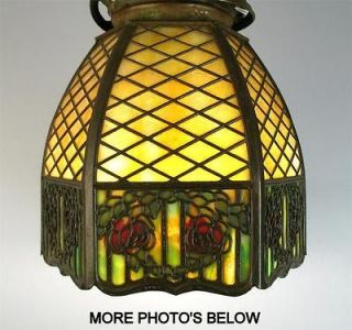 ANTIQUE SIGNED HANDEL ARTS & CRAFTS SLAG GLASS LAMP SHADE