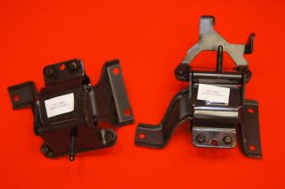 set of RIGHT SIDE & LEFT SIDE ENGINE MOUNT CROWN VICTORIA 3W1Z6038BB