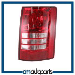2008 chrysler town and country tail lights