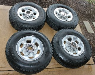 2004 Ford F250   F350   Excursion aluminum wheels with tires and caps