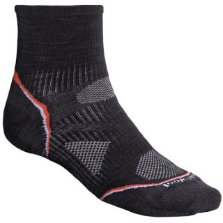 SmartWool 2013 PhD Ultralight Outdoor Mini Socks   Merino Wool  Quarter Crew (For Men and Women)   BLACK (L )