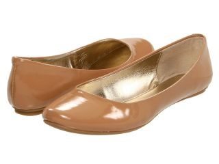 Kenneth Cole Reaction Slip On By Womens Flat Shoes (Tan)