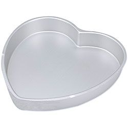 Decorator Preferred Heart shape Cake Pan